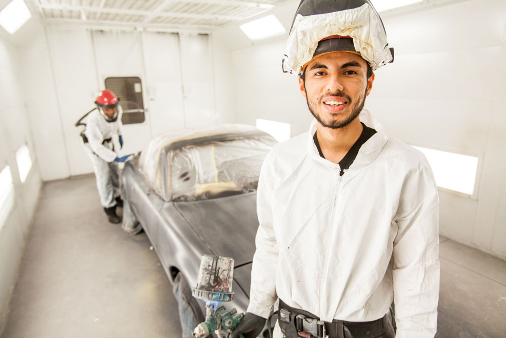 Auto Body students at San Diego Continuing Education.