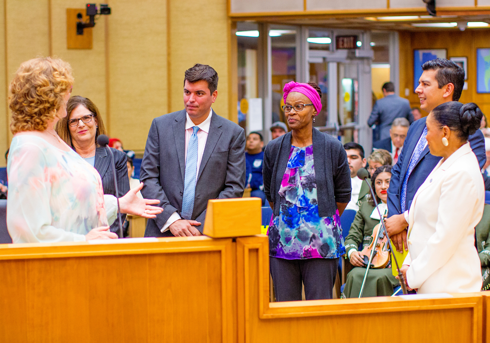 City Council honors 40 years of Educational Cultural Complex