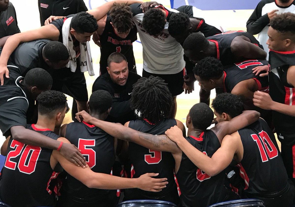 City College basketball Coach Mitch Charlens named Coach of the Year Featured Image