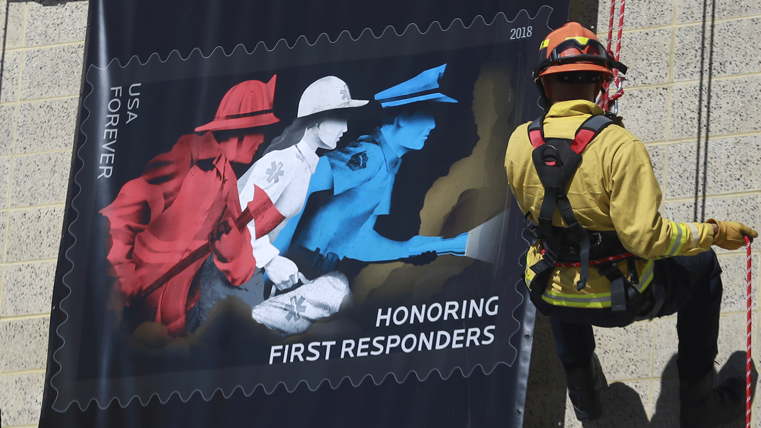 First responders stamp unveiling