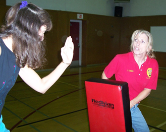 College police offer self-defense classes for women Featured Image